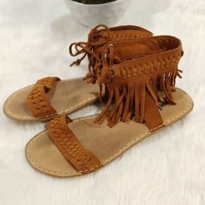 Minnetonka leather fringed ankle strap sandals 9